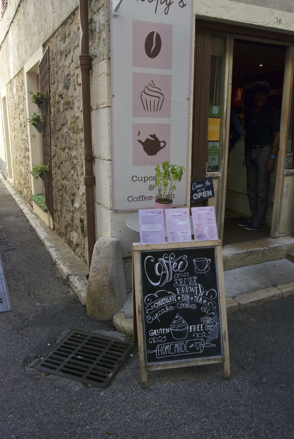 Antibes coffee shop